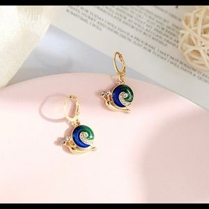 Snail Small Dangle Earrings
